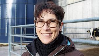 Colette Basler bewirtschaftet in Zeihen zusammen mit ihrem Mann einen Milchwirtschaftsbetrieb.