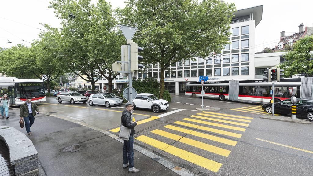 Das Parkhaus Schibenertor beim Oberen Graben und Marktplatz würde das Shoppen in der Altstadt für Autofahrer erleichtern.