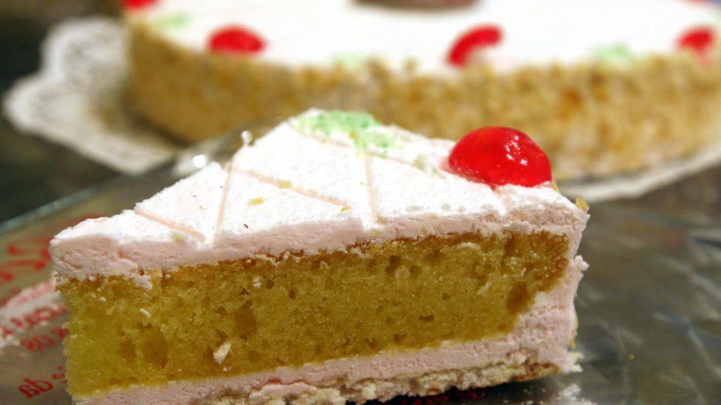 Zuger Bäckerei will mit Riesen-Kirschtorte ins Guinness-Buch