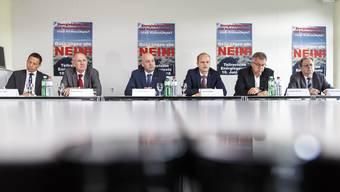 Ein breit abgestütztes Komitee bekämpfte das Energiegesetz: v.l. Christian Imark, Stefan Nünlist, Markus Spielmann, Daniel Probst, Andreas Gasche, Kuno Tschumi
