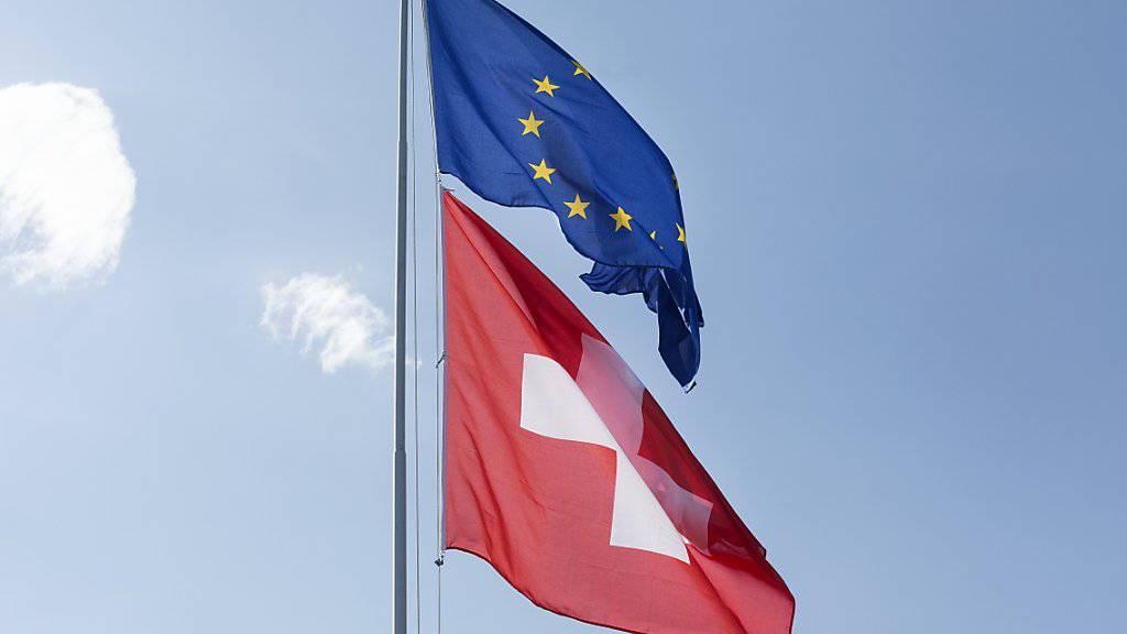 Die EU-Staaten haben sich auf Massnahmen gegen Steuerflucht von Konzernen geeinigt. Der Schweiz könnten daraus Nachteile entstehen. (Symbolbild)