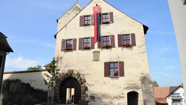 Das Schloss Klingnau ist heute im Besitz der Gemeinde. Es ist ein beliebter Ort für Trauungen und Festlichkeiten.