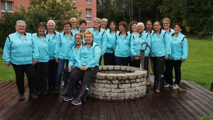 Gruppenfoto beim Swiss Heidi Hotel in Maienfeld