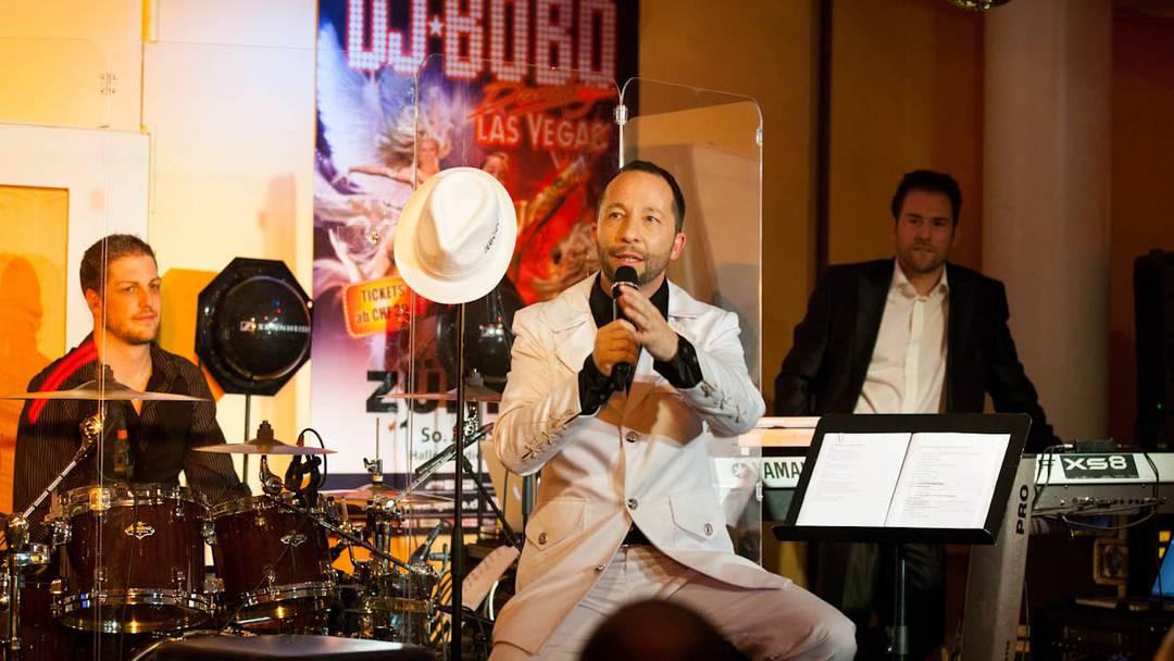 DJ Bobo singt und witzelt im Grand Casino Baden
