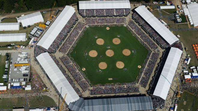 52 000 Fans füllten täglich die Arena beim «Eidgenössischen» 2013 in Burgdorf. Foto: Keystone