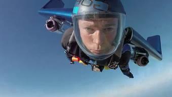 Die «menschliche Rakete»: Rex Pembertons Erstflug mit Düsenantrieb.
