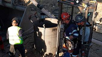 epa07319322 A handout photo made available by Spanish Civil Guard Twitter account shows members of Spanish Mining Rescue during the rescue operation to find two-year-old boy Julen who fell down a 110-meters-well 13 January, in Totalan, Malaga, Spain, early 25 January 2019. The excavation works have reached the depth where the kid is believed to be. Now, miners involved in the rescue operation are manually perforating a four meters tunnel to reach the boy. The hardness of the ground has delayed the operation in the rescue of the boy during the last days. The difficulty and magnitude of the works make this a rescue operation without precedents in Spain. EPA/SPANISH CIVIL GUARD TWITTER HANDOUT HANDOUT EDITORIAL USE ONLY/NO SALES