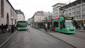 Rückläufig waren die Passagierzahlen sowohl beim Bus- als auch beim Trambetrieb.