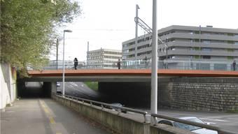 Die geplante Velo- und Fussgängerbrücke beim Kreuzplatz. zvg
