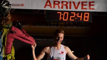 Bernhard Eggenschwiler aus Oberentfelden bei seinem Sieg am Bieler 100-km-Lauf 2015.
