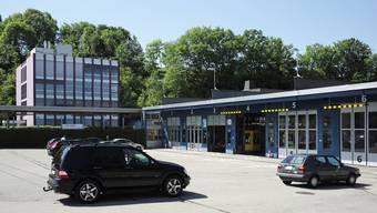 Die Motorfahrzeugprüfstation in Münchenstein löst vielleicht bald den Standort der Motorfahrzeugkontrolle in Füllinsdorf ab.
