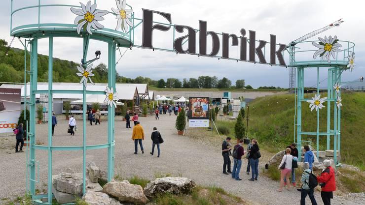 Karl's kühne Gassenschau mit dem Programm «Fabrikk» in Olten