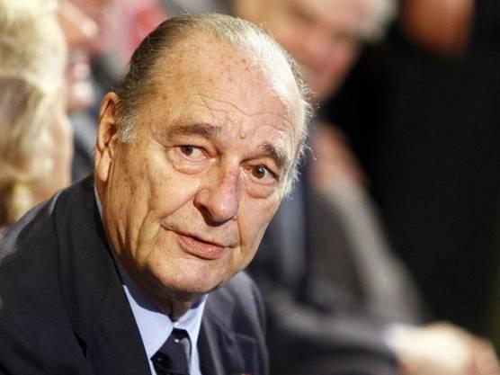 26. September: Der frühere französische Präsident Jacques Chirac ist tot. Er starb im Alter von 86 Jahren, wie sein Schwiegersohn Frédéric Salat-Baroux der Nachrichtenagentur AFP sagte. Chirac sei im Kreis seiner Angehörigen gestorben.
