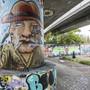 Eine Seltenheit im Raum Basel: Im «Schänzli» werden Graffiti immerhin toleriert – zumindest auf Muttenzer Seite.