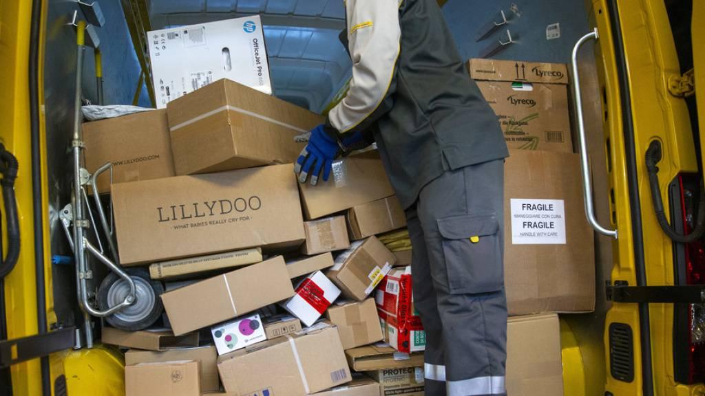 Paket-Rekordmengen bei der Post an Black Friday und Cyber Monday
