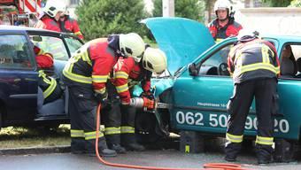 BIs auf weiteres sind fast alle Feuerwehrübungen - im Bild die Hauptübung der Feuerwehr Aarau 2018 - abgesagt. Die Kommandos entscheiden, welche Übungen sie als unbedingt notwendig erachten.