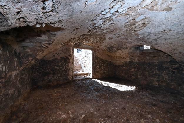 Bei Grabungsarbeiten fand man dann den Gewölbekeller