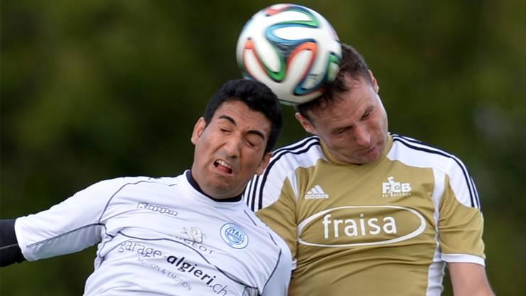 Kopfballduell zwischen Valerio Fragapane (Italgrenchen, links) und Srecko Kovacevic.