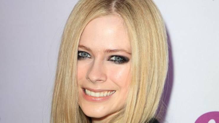 Die Singer/Songwriterin Avril Lavigne - hier 2013 noch vor ihrer Borreliose-Erkrankung - ist genesen und gibt demnächst ein neues Album heraus.