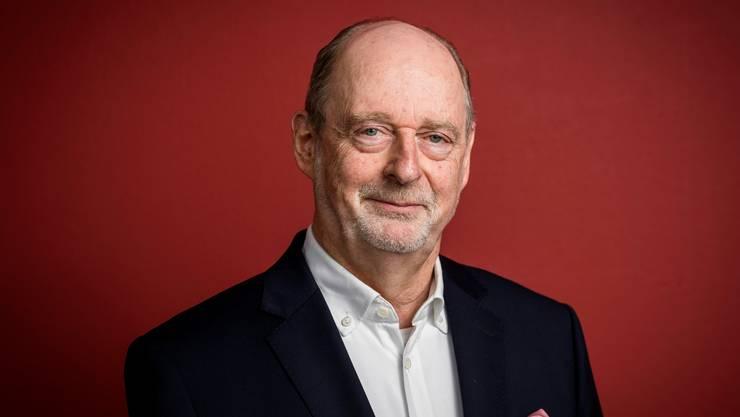 Martin Meyer beim Interview im Newsroom von CH Media:  «Wo schon vorher Krisen herrschten, kann dieses Virus schnell zu weiteren Eskalationen führen.»