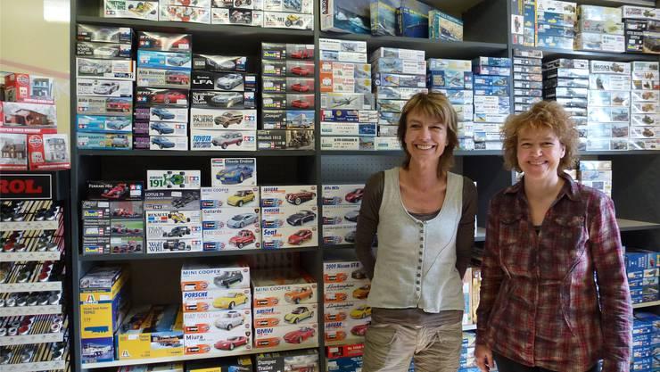 Inhaberin Judith Rufer und Mitarbeiterin Rita Jäggi haben sich an der Westbahnhofstrasse ihr neues Reich für Modellbau-Fans eingerichtet. ch