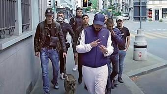 Mitglieder des Rapkollektivs Gsezhlos.