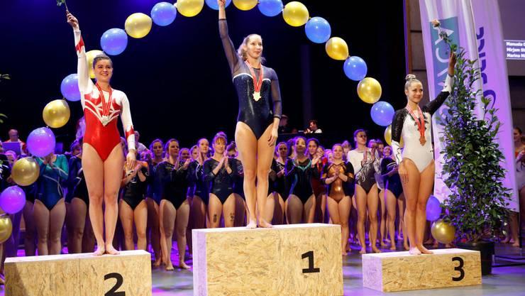 Die Wettingerinnen Manuela Crameri und Marina Mäder turnten sich an den Schweizer Meisterschaften in der Kategorie Damen auf's Podest.