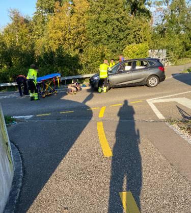 Der Velofahrer wurde dabei schwer verletzt.