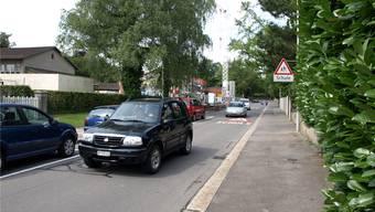 Der Durchgangsverkehr in den Quartieren Gönhard und Goldern, wie hier an der Weltistrasse, sorgt für Unmut bei der Bevölkerung.