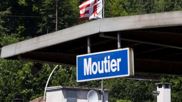 Die Abstimmung über die Kantonszugehörigkeit Moutiers fand unter grossen Sicherheitsvorkehrungen statt.