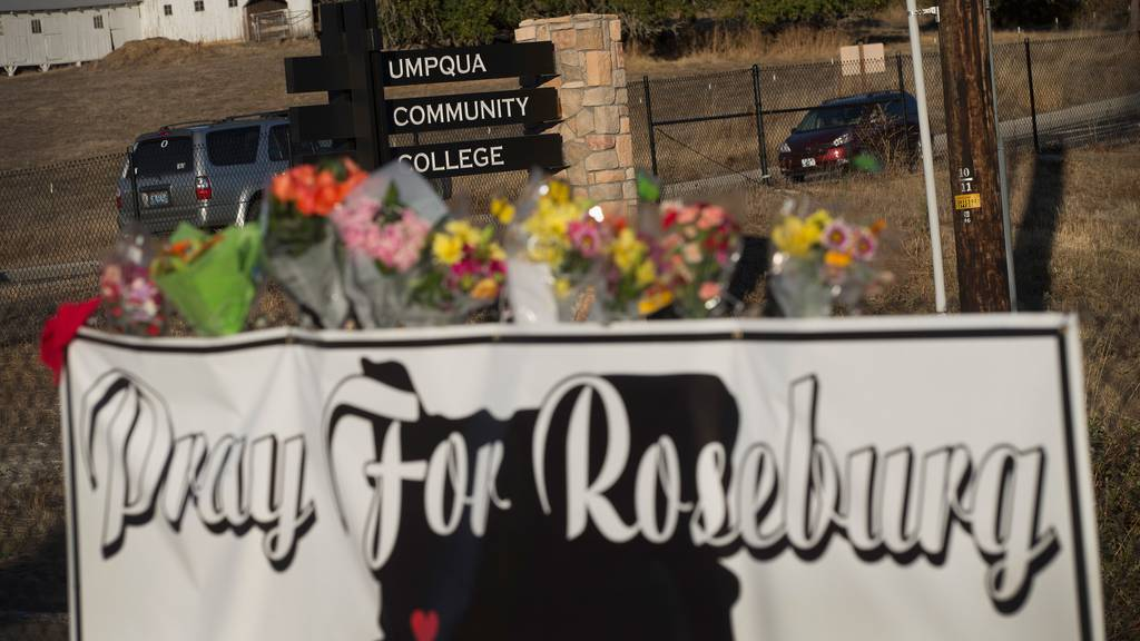 Grosse Trauer in Roseburg, Oregon / Getty