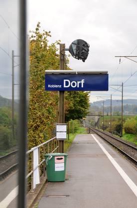 Wegen der schon seit Monaten defekten Bahnhofsuhr sammeln Koblenzer Spenden