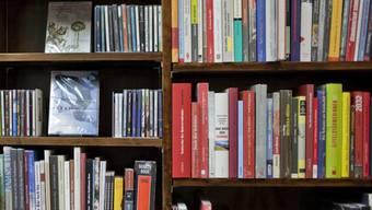 Regal in einem Buchladen (Symbolbild)