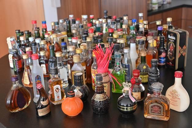 Keine der 180 Flaschen ist doppelt.