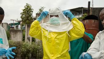 Ebola-Spezialisten im Einsatz in der kongolesischen Grossstadt Goma. (Archivbild)
