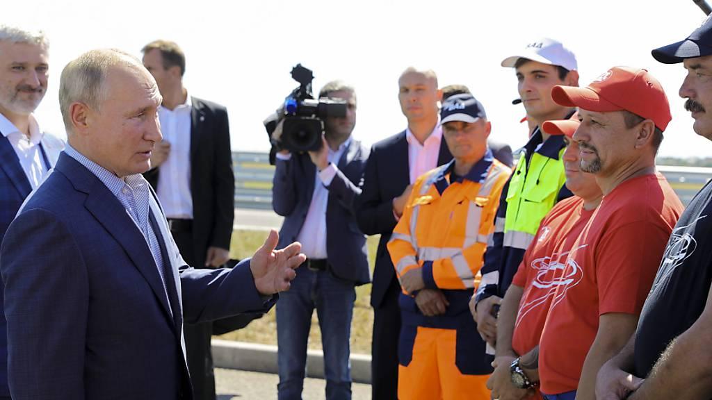 Putin eröffnet neue Autobahn auf annektierter Halbinsel Krim