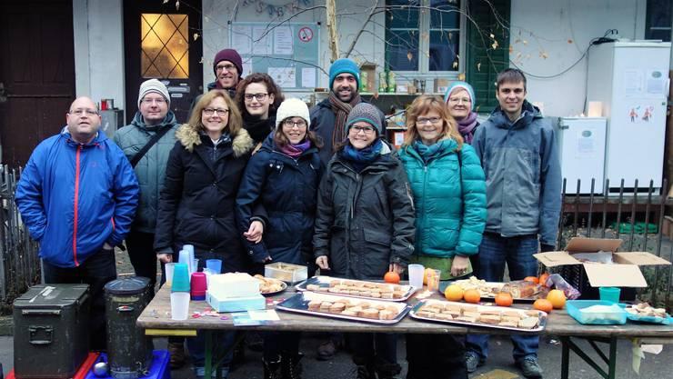 Das Team der RestEssBar feierte an der für einmal verkehrfreien Rosengasse.