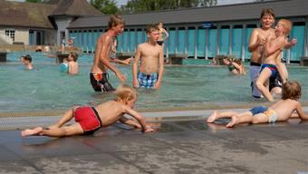 Zu kalt für den Schwimmunterricht – das Badi-Wasser in Solothurn.