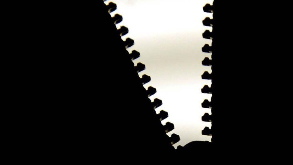 Im Lockdown haben viele Erfinder ihre Ideen vom Institut für Geistiges Eigentum überprüfen lassen. Der Reissverschluss wurde vor über 125 Jahren von Schweizer Unternehmern miterfunden. (Symbolbild