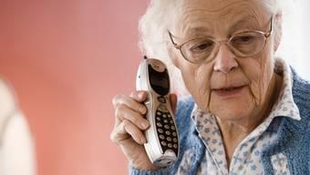 Viele ältere Leute fallen nicht auf Enkeltrick-Betrüger herein. (Themenbild)