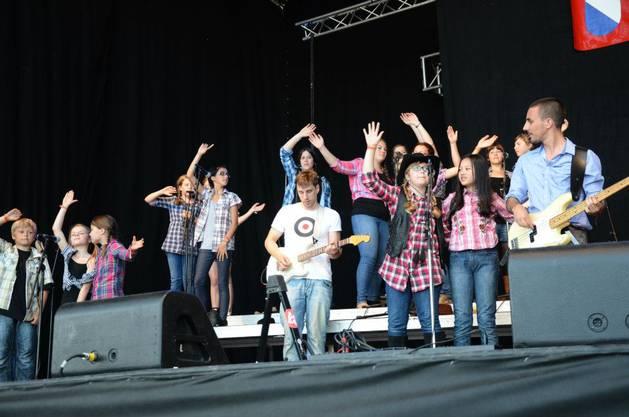 Kids on Stage machten am Samstagnachmittag den Auftakt