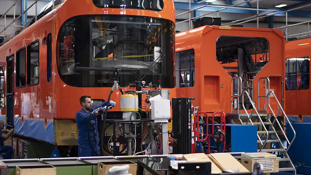 Der Ostschweizer Zughersteller Stadler hat aus Polen einen weiteren Auftrag erhalten. Stadler soll zwölf Triebzüge im Auftragsvolumen von 270 Millionen Franken an die PKP Intercity liefern.(Archivbild)