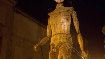 Der acht Meter hohe Gigant besucht bald das Münster.
