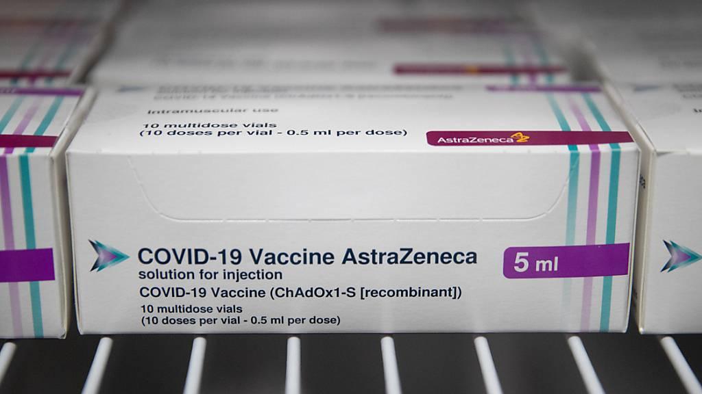 Astrazeneca: Berichte über schwachen Impfschutz bei Senioren falsch