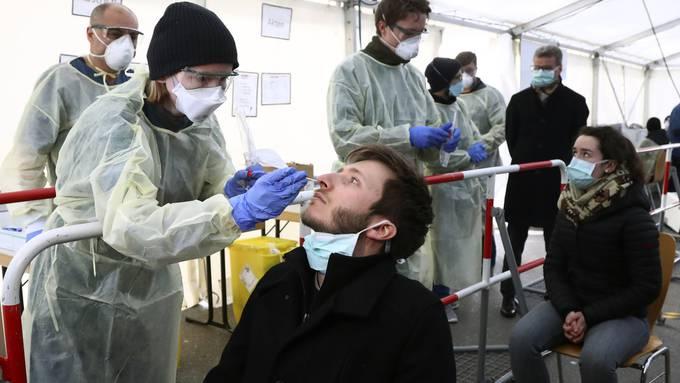 Um beim Coronavirus eine Herdenimmunität zu schaffen, braucht es eine Impfrate von etwa 70 Prozent, sagt die WHO.