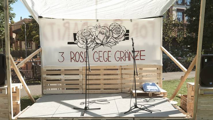 3 Rosen gegen Grenzen (Symbolbild)