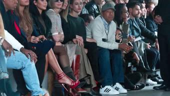 Erste Reihe: Jay-Z, Beyoncé, Kim Kardashian und Anna Wintour (v.l.)