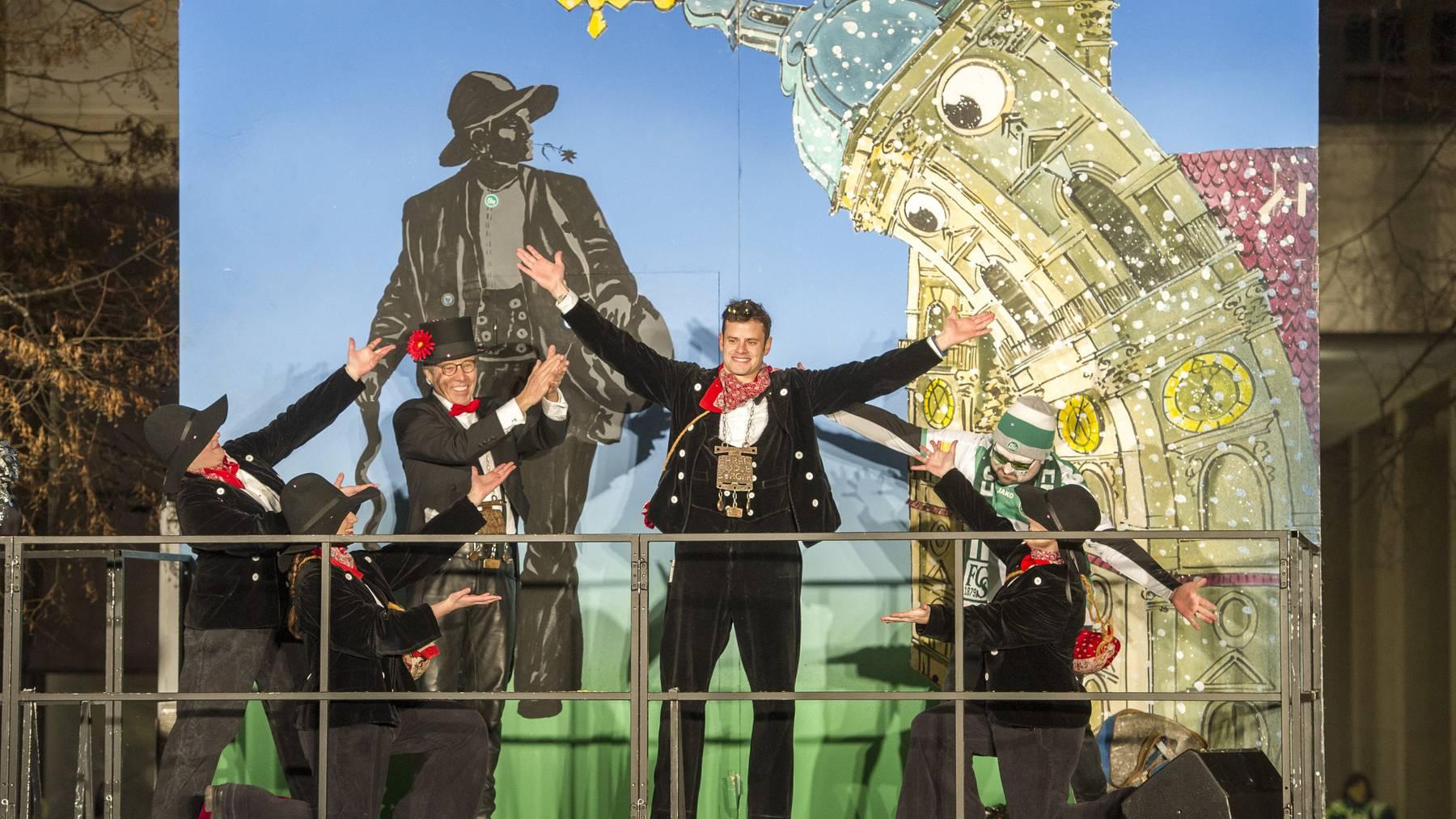 Tranquillo Barnetta wird nicht nur als Heimkehrer beim FCSG gefeiert, sondern auch als «Ehren-Föbü» der Stadtsanktgaller Fasnacht.