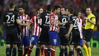 Champions League: Halbfinal-Hinspiel zwischen Atletico Madrid und Chelsea endet 0:0.