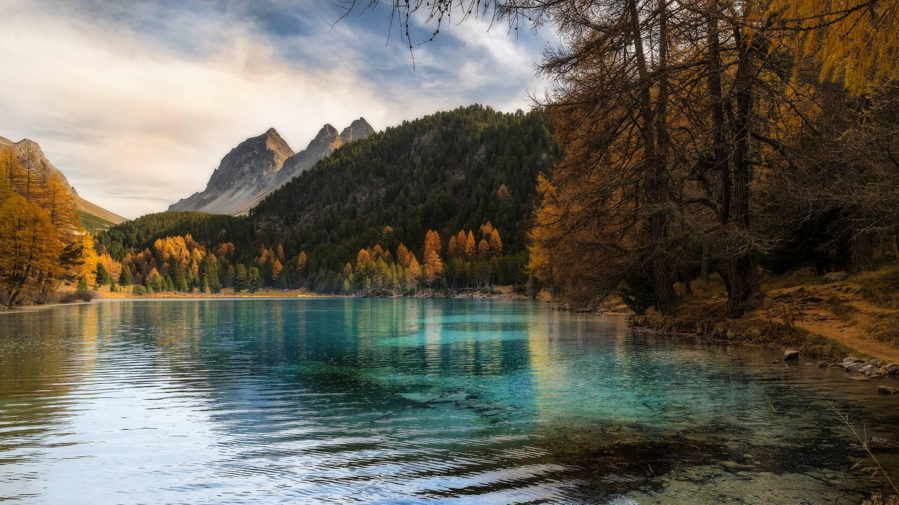 Lai da Palpuogna, dieser See ist einer der Fotospots in Graubünden.